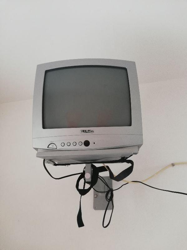 Πωλούνται τηλεοράσεις