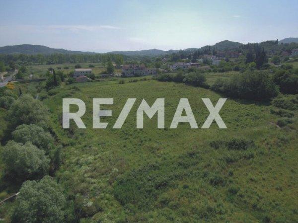 Πωλείται οικόπεδο στους Έρμονες από τη Re/Max Reale