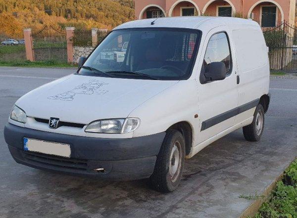 Πωλείται Peugeot Partner Diesel επαγγελματικό