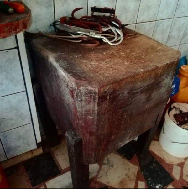Πωλείται ξύλο κοπής κρέατος
