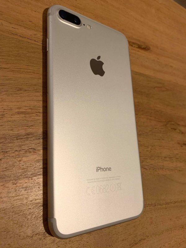 Πωλείται iphone 7 plus 256GB