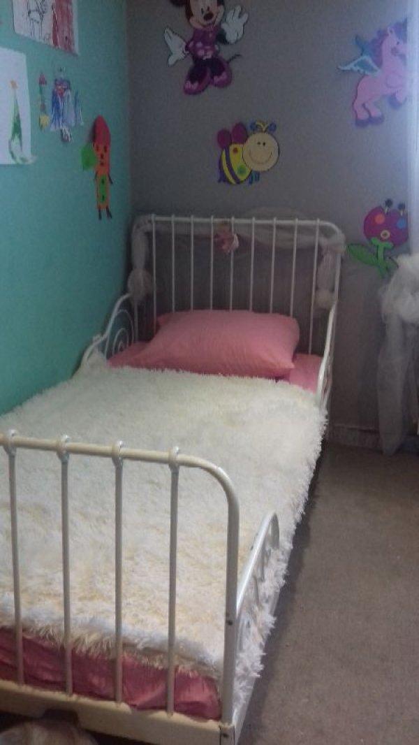 Πωλείται παιδικό κρεβάτι