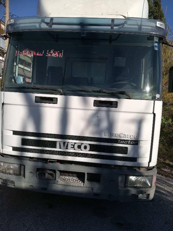 Πωλείται φορτηγό