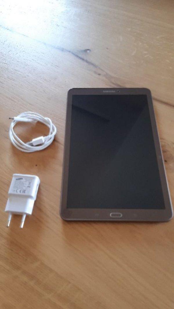 Πωλείται Samsung Galaxy Tab e 9.6