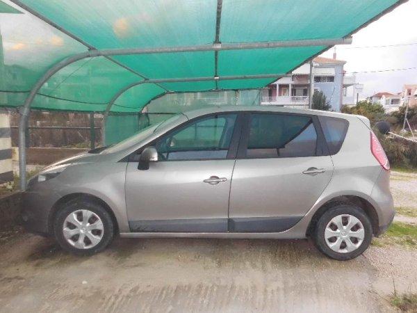 Πωλείται Renault Scenic '11