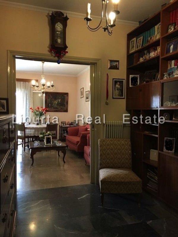 Πωλείται διαμέρισμα στην Λεωφόρο Αλεξάνδρας
