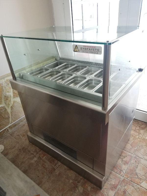 Πωλείται ψυγείο βιτρίνα