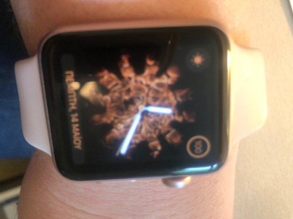 Πωλείται iwatch 1 rose-gold