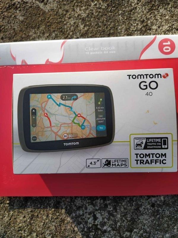 Πωλείται GPS TomTom Go 40 4.3