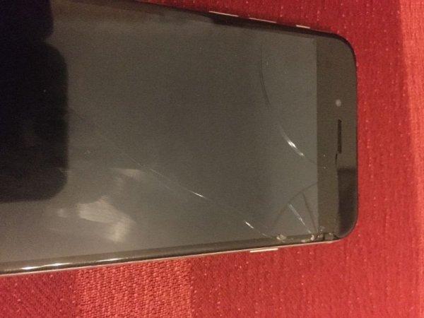 Πωλείται Iphone 6 16 gb
