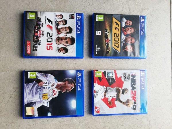 Πωλούνται παιχνίδια ps4