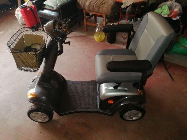 Πωλείται αναπηρικό scooter