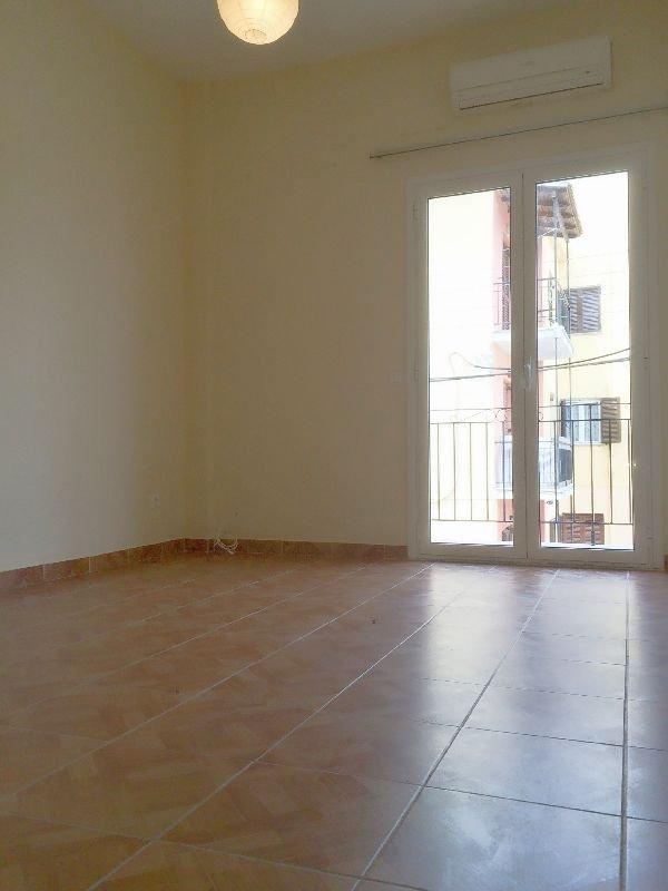 Πωλείται διαμέρισμα στην Πλατυτέρα