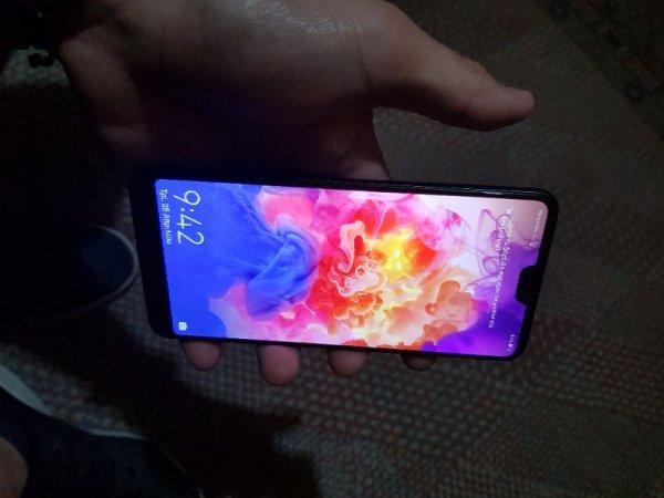 Πωλείται Huawei P20 Pro