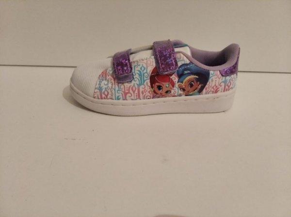 Πωλούνται παιδικά παπούτσια