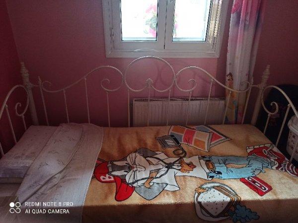 Πωλείται παιδικό κρεβάτι-κουκέτα