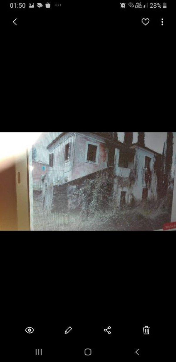 Πωλείται παλιά μονοκατοικία στην Άφρα