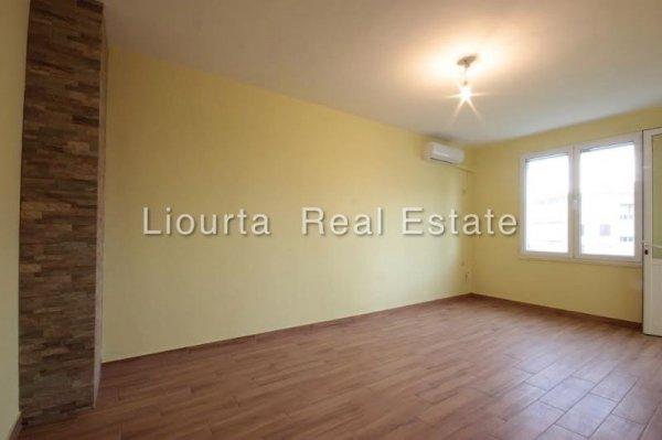 Πωλείται διαμέρισμα στη Γαρίτσα