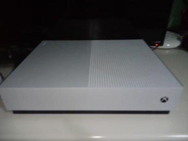 Πωλείται Xbox