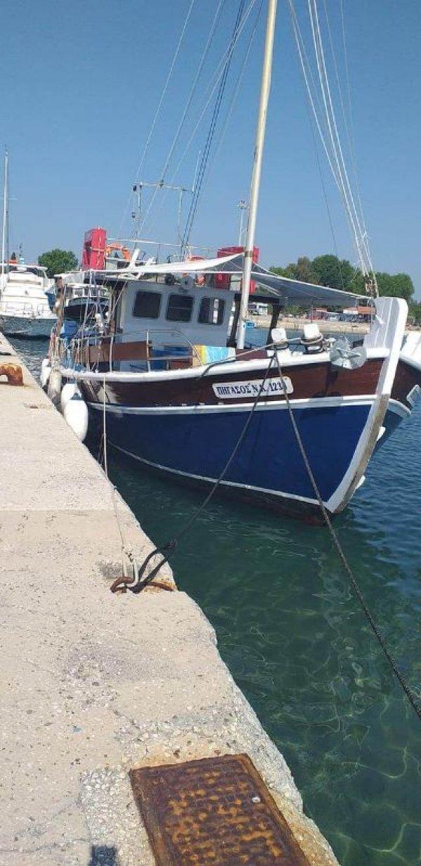 Ζητείται καπετάνιος για τουριστικό ημερόπλοιο
