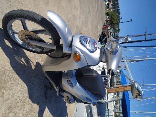 Πωλείται scooter Kymco 150cc