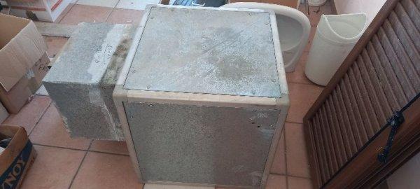 Πωλείται εξαερισμός μαγαζιού και Air Condition
