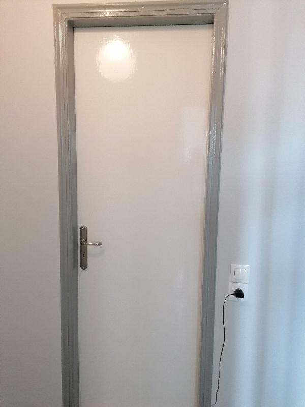 Πωλούντα ξύλινες πόρτες