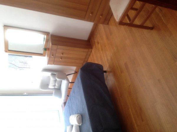 Ενοικιάζεται διαμέρισμα στο κέντρο για ολιγοήμερες διαμονές
