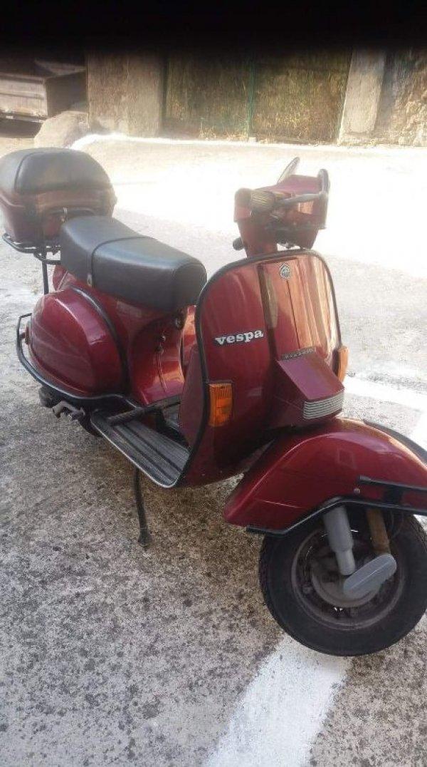 Πωλείται Vespa
