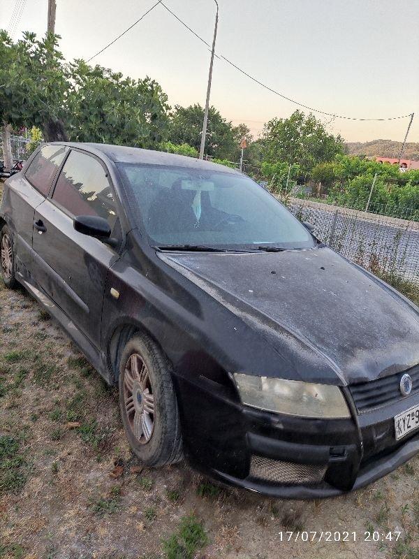 Πωλείται Fiat stilo για ανταλλακτικά
