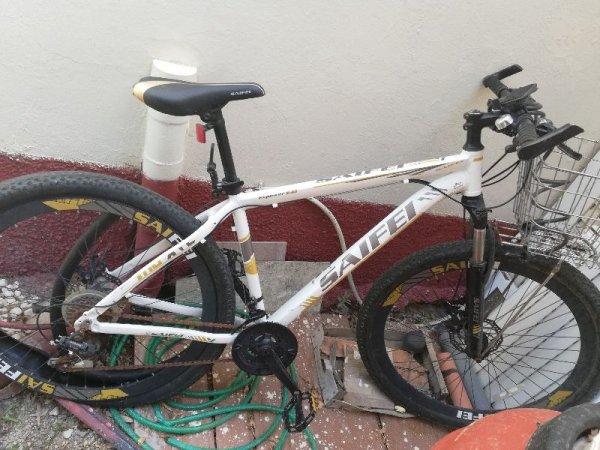 Πωλούνται ποδήλατα