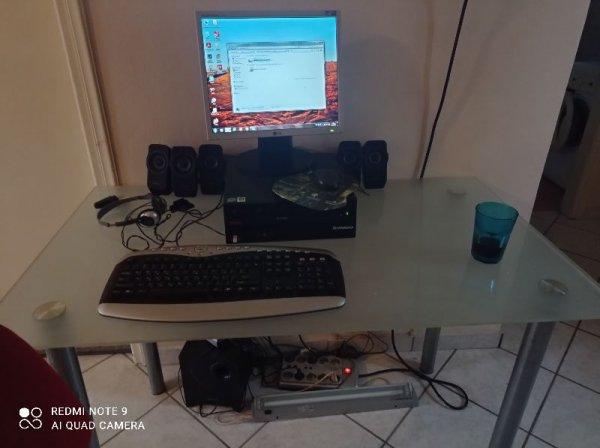 Πωλείται υπολογιστής