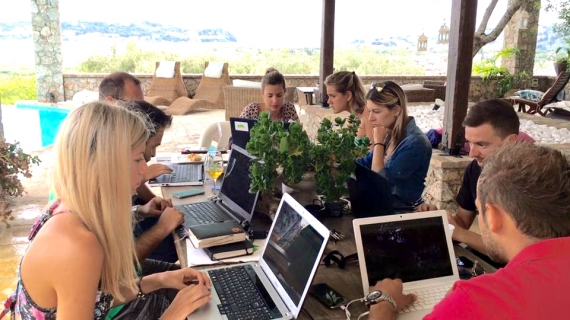 Working @ Corfuland Vol 5. Η Villa Piedra φιλοξένησε για μια ημέρα εργασίας το Corfuland team