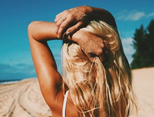 Novi's Salon: Υγιή και λαμπερά μαλλιά μετά το καλοκαίρι