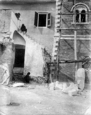 Ανακατασκευή του παλαιού αρχοντικού Πολυλά το 1890