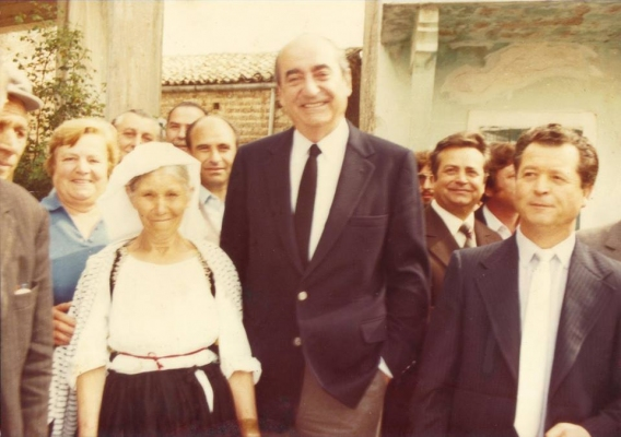 O Κωνσταντίνος Μητσοτάκης σε χωριό της Κέρκυρας στο παρελθόν