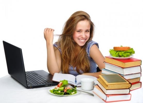 Πανελλήνιες εξετάσεις και Διατροφή