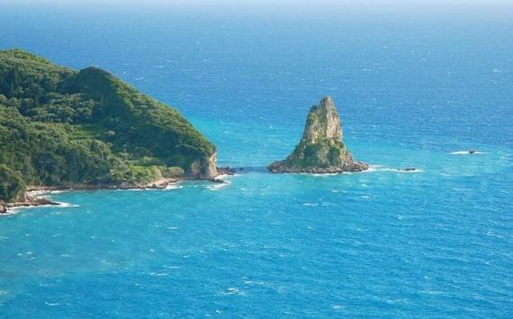 Παραλία Άγιος Γόρδιος: απέραντη χρυσαφένια αμμουδιά σε ένα ειδυλλιακό σκηνικό