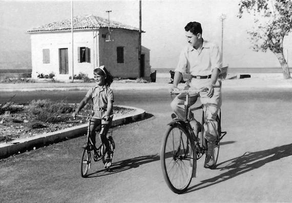 Στον Ανεμόμυλο με ποδήλατα στο παρελθόν σε μία φωτογραφία