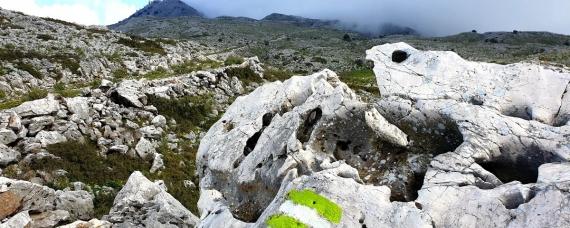 Corfu Mountain Trail trekking routes: Διαδρομές της Κέρκυρας για περιπατητές