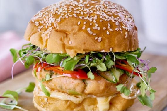 Καλοκαιρινό Burger με άρωμα θάλασσας