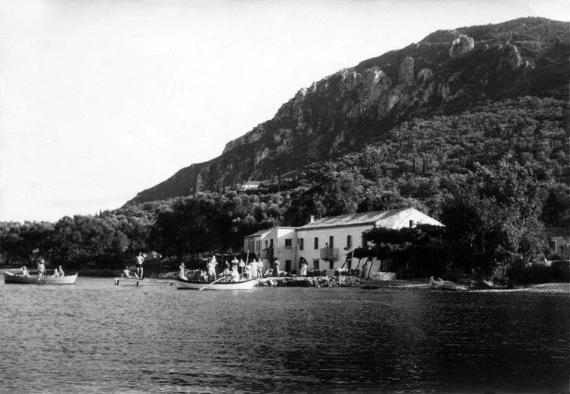 Οι Μπενίτσες σε μία φωτογραφία από την περίοδο του Μεσοπολέμου