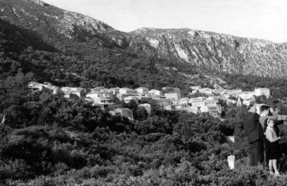 Το χωριό Λάκωνες στα μέσα του 20ου αιώνα