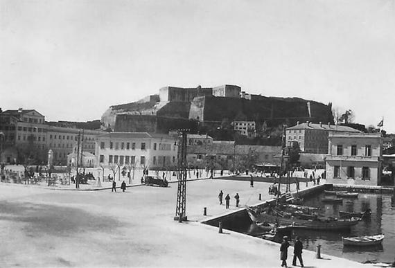 Το Παλιό Λιμάνι της Κέρκυρας κατά την περίοδο του Μεσοπολέμου