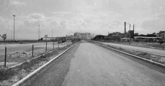 Η οδός Εθνικής Αντιστάσεως σε ένα στιγμιότυπο από το παρελθόν